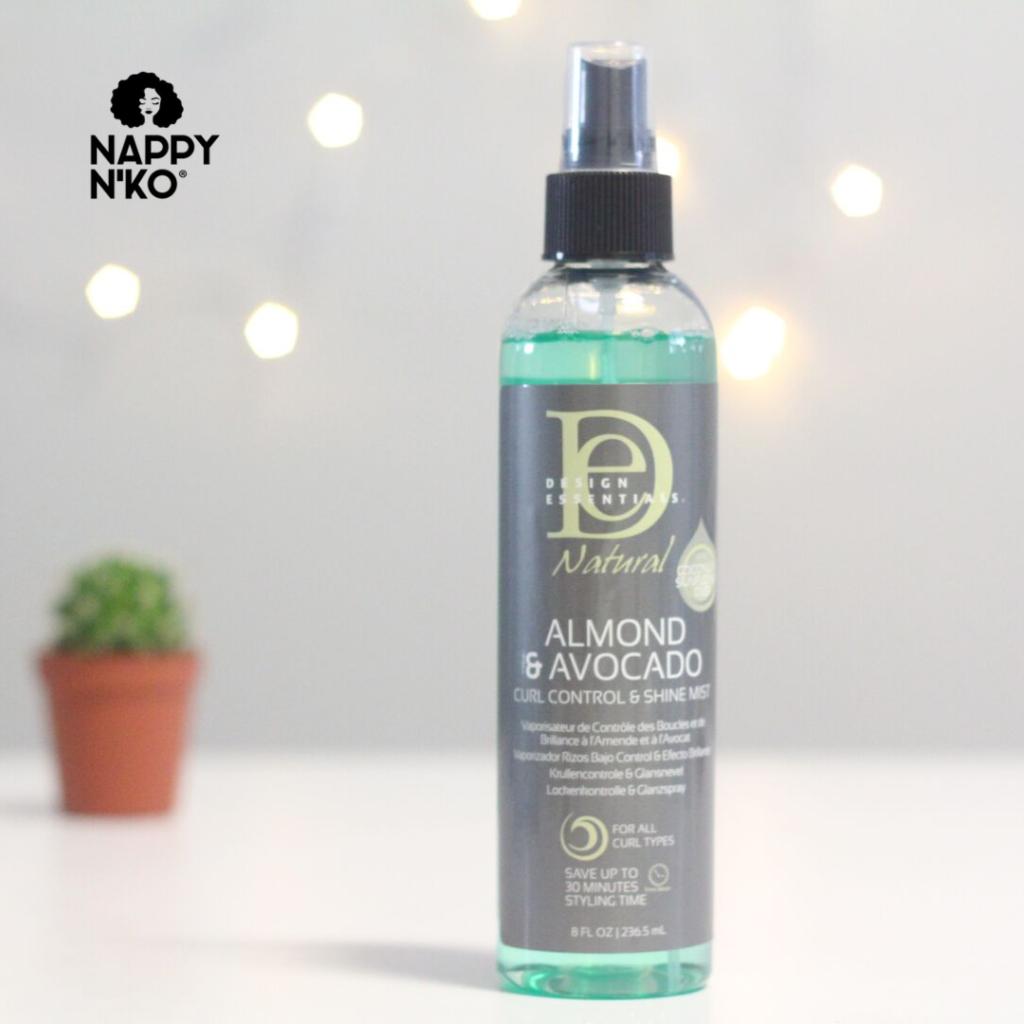 Spray capillaire Design Essentials pour favoriser la brillance des cheveux crépus